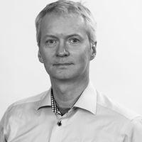 Nils Steine